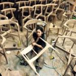 武内舞子(KOMA家具職人)の経歴と自宅の部屋画像!人気の椅子の値段や購入方法は?彼氏や結婚も!【セブンルール】